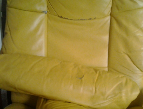 Ekornes Stressless Chair requiring repair and restoration in Thacham, Berkshire
